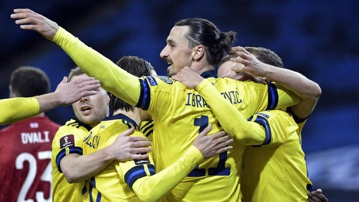 Zlatan Ibrahimovic menandai comeback bersama Timnas Swedia. (Foto: AP/Pontus Lundahl)