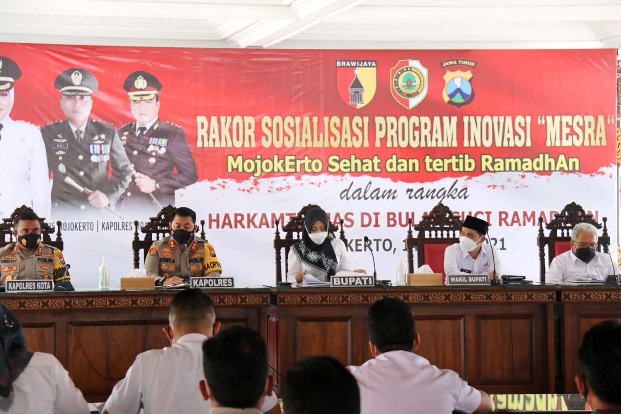Bupati Mojokerto, wakil bupati, Kapolres Mojokerto serta Kapolrest kota Mojokerto Sosialisasi Program MESRA