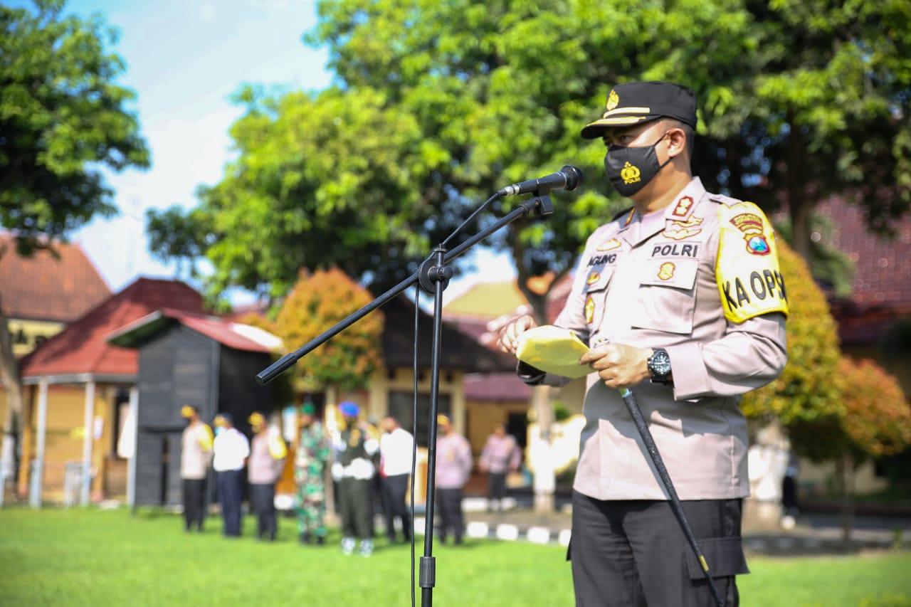 Kapolres Jombang Pimpin Apel Gelar Pasukan Operasi Keselamatan Semeru 2021