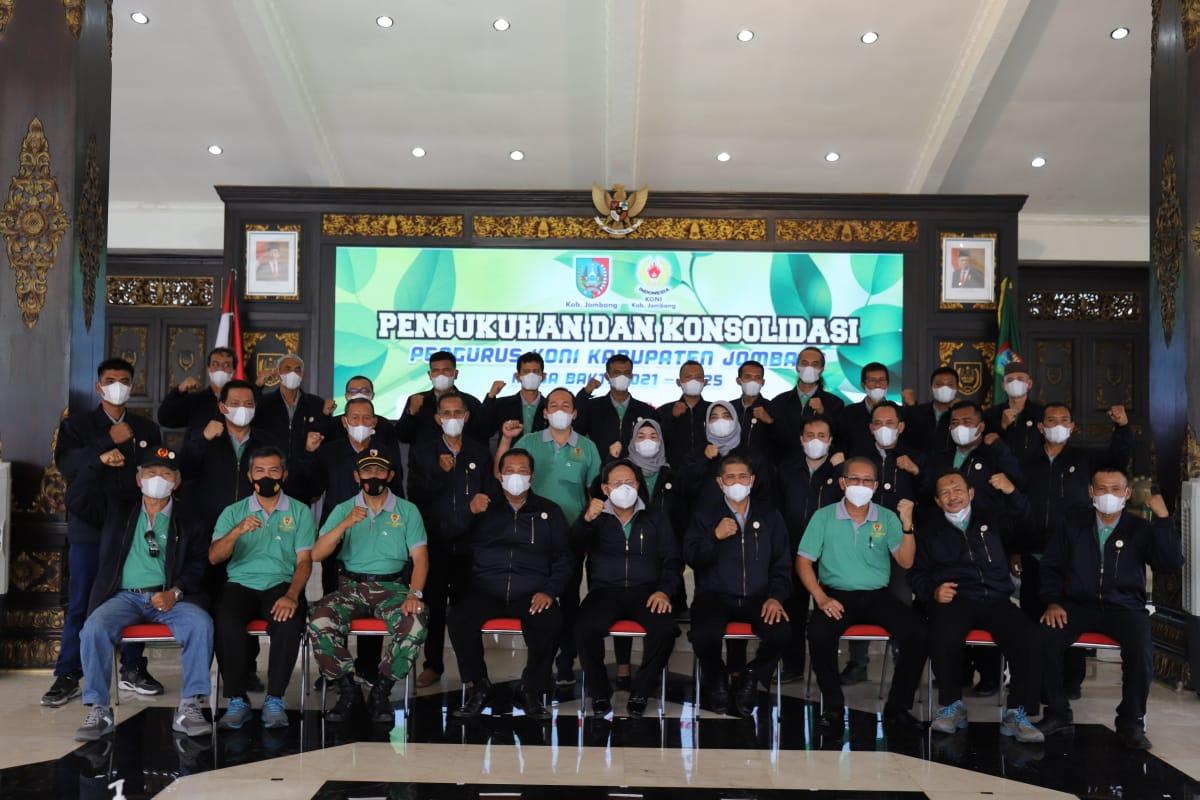 Pengukuhan Pengurus KONI Kabupaten Jombang bertempat dipendopo Kabupaten