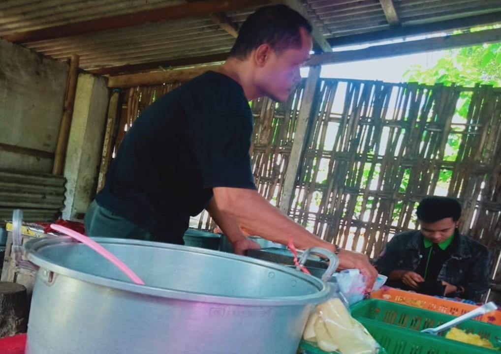 caption foto :penjual Es Dawet Tembelangg